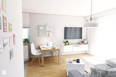 Aranżacja mieszkania przy ul. Małomiejskiej w Gdańsku - Salon, styl nowoczesny - zdjęcie od Pracownia Projektowa MONO
