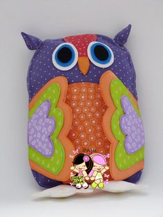 almofada coruja escolha as cores R$20,00 Owl Always Love You, Fabric Dolls, Softies, Baby Toys, Arts And Crafts, Diy, Accessories, Decor, Owl Cushion