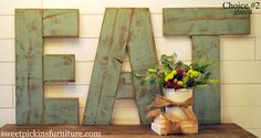 Large EAT Sign in your choice of colors by SPFurniture on Etsy Diy Pallet Projects, Home Projects, Pallet Crafts, Eat Sign, Wood Crafts, Diy Crafts, Wood Letters, Pallet Letters, Giant Letters