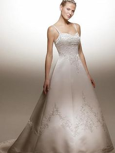 wedding dresses?princess wedding dresses with sleeves?wedding dresses laces a-line/princess spaghetti straps chapel train stain wedding dress for brides 2013 style