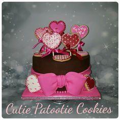 Sugar cookie heart cake