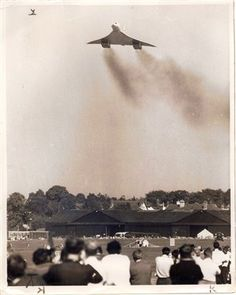 Concorde at Farnborough Air Show 1970 Concorde, Tupolev Tu 144, Homes England, Hampshire Uk, Airplane Travel, Fight Or Flight, Commercial Aircraft, British Airways, Air Travel