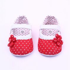 Baby Shoes New Born to 18 Months w/ Pretty Flower and Polka Dots  #baby #dress #trendygirls #ballerina #leotard #christmasphotos #gifts #girlsfashion #christmasgift #balletgirl