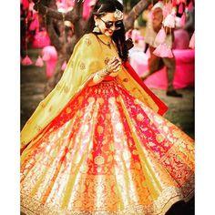 Happy and gorgeous! Our lovely client Chandni Chawla dancing in her Banarasi silk lehenga from Ekaya #ekayadiaries #EkayaBanaras #timeless #realzari #bridesofekaya
