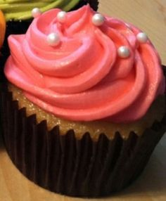 Coral Cupcake with Pearls.