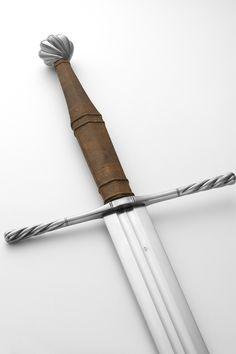 Albion Swords - NG Maximilian w. light brown grip