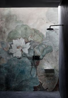 Niveum Wallpaper designed by Eva Germani for the WET SYSTEM™ Collection © Wall&decò.