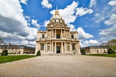 This is the Dome des Invalides. This is the place where they put Napoleon to rest. France Travel, Napoleon, Paris France, Photo S, Notre Dame, Travel Photography, Rest, Building, Places