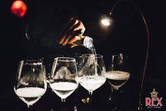 #TONIGHT OPEN FROM 00 TILL 6  ENJOY THE FIRST NIGHT OF 2018 WITH @rexfirenze see you later   #rexfirenze #rex #florence #cocktailbar #cocktaillist #christmas #atmosphere #eventifirenze #cocktail #bartending #bartender #igerstoscana #igersfirenze #igersitalia #drinks #goodvibes  #followus #party #weekend #cocktails #nye