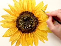 a bit of sunshine with this realistic sunflower tip video - -Grab a bit of sunshine with this realistic sunflower tip video - - WILD SUNFLOWERS Diamond Painting Kit – DAZZLE CRAFTER ひまわりの絵 6 Sunflower Drawing, Watercolor Sunflower, Sunflower Art, Watercolor Flowers, Watercolor Paintings, Sunflower Paintings, Yellow Sunflower, Art Floral, Sunflower Pictures