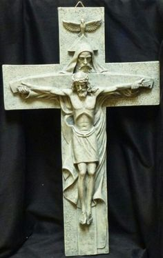 This crucifix shows Jesus' humanity, and how the rest of the Trinity was there with him, which represents His divinity. This shows us both sides of Jesus and reminds us that as God calls us to take up our crosses he will constantly be with us. Religious Images, Religious Icons, Religious Art, Saint Esprit, Catholic Prayers, Jesus Pictures, Holy Ghost, Sacred Art, Christian Art