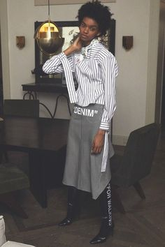 The complete Off-White Pre-Fall 2018 fashion show now on Vogue Runway.