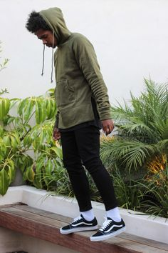 Olive Hoodie and coordinated Black and White Jeans and Sneakers Urban Fashion, Boy Fashion, Fashion Sale, Fashion Outlet, Paris Fashion, Runway Fashion, Fashion Trends, Womens Fashion, Men Street