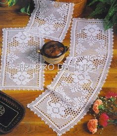 Crochet and arts: Tissues Filet Crochet Charts, Crochet Borders, Crochet Motif, Crochet Designs, Knit Crochet, Crochet Table Runner, Crochet Tablecloth, Doily Patterns, Crochet Patterns