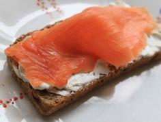 The classic - Smoked salmon on cream cheese on McCambridge Irish Soda Bread! Soda Bread, Irish Recipes, Smoked Salmon, Spanakopita, Fish, Cheese, Cream, Classic, Ethnic Recipes