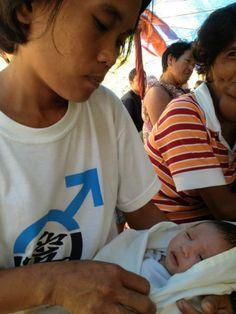 Post yolanda Baby attending Arapal.