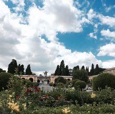 Der Monumentalfriedhof Campo Verano liegt im Studentenviertel San Lorenzo Dom, Dolores Park, Travel, De Chirico, Country, Summer, Italian Art, Tourism, Viajes