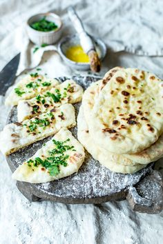 i robi to co lubi:) Naan, Mad Cook, Pitta, Camembert Cheese, Catering, Recipies, Curry, Cooking Recipes, Treats
