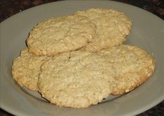 Instant Oatmeal Packets to Oatmeal Cookies (bonus: it doesn't use eggs!)