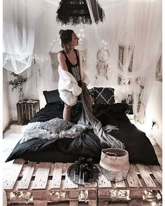 WEBSTA @ noeudsjustine - Black bed w/ @La Redoute plus sur noeudsjustine#noeudsjustinehome #decor_on_black