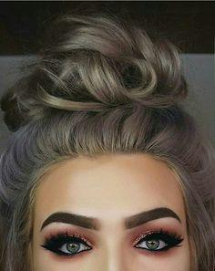 Top 16 hair colour trends for this summer 2017 Hur Makeup, Eye beauty trends grey hair - Beauty Trends 2019 Eye Makeup, Makeup Tips, Makeup Products, Makeup Ideas, Eyebrow Products, 2017 Makeup, Makeup Brands, Rose Gold Hair Dye, Look Star