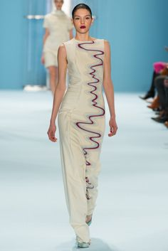 Carolina Herrera Fall 2015 Ready-to-Wear Fashion Show - Kate Bogucharskaia