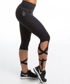Se smashing ut på trening med denne tøffe men feminine treningstightsen fra We Are Fit - Liza tights