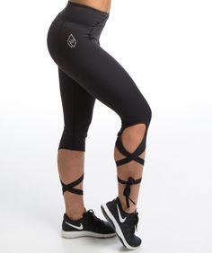 Se smashing ut på trening med denne tøffe men feminine treningstightsen fra We Are Fit - Liza tights