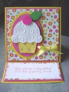 Cupcake cuttlebug easel card