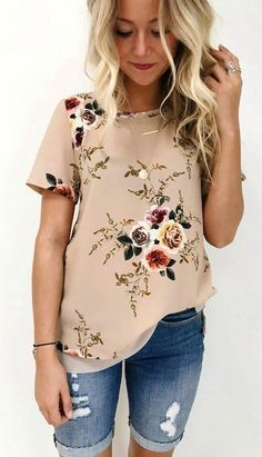 summer outfits  Beige Floral Top + Ripped Denim Short