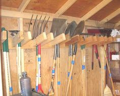 My Shed Plans - Shed Plans - Rangement pour les pelles et les râteaux - Now You Can Build ANY Shed In A Weekend Even If Youve Zero Woodworking Experience! - Now You Can Build ANY Shed In A Weekend Even If You've Zero Woodworking Experience! Diy Storage Shed Plans, Storage Shed Organization, Diy Garage Storage, Garden Tool Storage, Organizing, Workshop Organization, Yard Tool Storage Ideas, Barn Storage, Lumber Storage