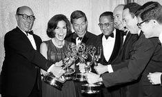 Mary Tyler Moore with Dick Van Dyke, Richard Deacon, Carl Reiner, Jerry Paris