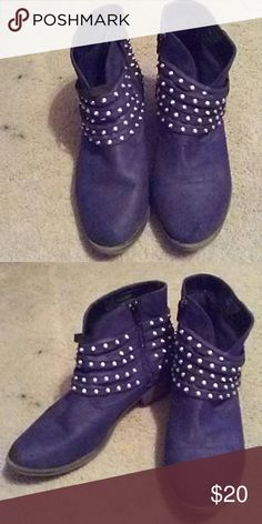 Slouchy Western Studded Suede Booties Size 8.5 Cute ankle boots size 8.5 with a slouchy Western vibe. Made of a suedelike material with silver cone stud detailing. Looks great with spring dresses and leggings! Target Shoes Ankle Boots & Booties