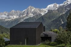 Gallery of Cabin in Chamonix / Pierre Marchand Architects - 2