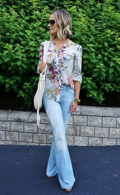 spring style // floral and flares // mama style