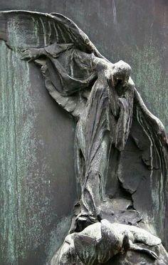 Памятник ангел купить липс гранита памятники художественное оформление галич