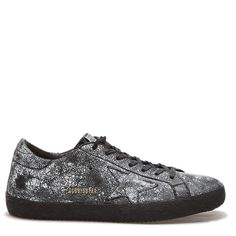 Golden Goose Superstar GOLDEN GOOSE ($625) ❤ liked on Polyvore featuring men's fashion, men's shoes, men's sneakers, accessories, home, men's, shoes, men's low top sneakers, mens leather lace up shoes and mens shoes