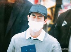 180404 #Exo #Suho at Incheon Airport, S. Korea (ICN) heading to Dubai Airport, United Arab Emirates (DXB) for SMTown concert in Dubai