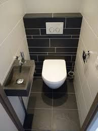 25 Amazing Subway Tile Bathroom Ideas - Home Inspirations D. - 25 Amazing Subway Tile Bathroom Ideas – Home Inspirations Different people h - White Bathroom Tiles, Bathroom Floor Tiles, Bathroom Layout, Bathroom Interior, Bathroom Ideas, Tile Layout, Mirror Bathroom, Floor Layout, Shower Floor