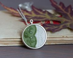 Lace necklace, moss green lace and linen fabric