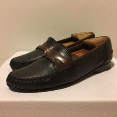 d4e2dda3145b Up for sale is a pair of Bruno Magli Leather Loafers Made in Italy Size  In  great condition