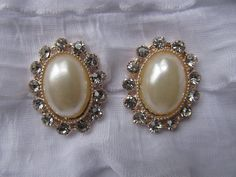 """Vintage style Pearl and Rhinestone flatback buttons, IVORY, wedding invitation, napkin ring 28mm x 22mm, 1"""" x 7/8"""""""