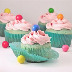 Bubble Gum Cupcakes Recipe ~ A perfect dessert for kids! Fun blue cupcakes topped with creamy pink bubble gum frosting and a gum ball!