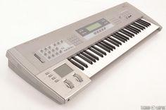 MATRIXSYNTH: KORG Z1 12-Voice 61-Key Multi Oscillator Synthesiz...