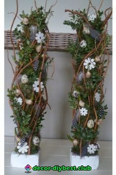 Amazing decoration in front of the front door: fantastic decorations that will . Easter Flower Arrangements, Floral Arrangements, Christmas Centerpieces, Christmas Decorations, Decoration Entree, Branch Decor, Harvest Decorations, Diy Ostern, Container Flowers