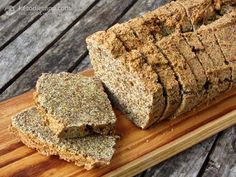 "Ben's Low-Carb ""Rye"" Bread (low-carb, paleo, 1.8 g net carbs) and Ben's experience with a very low-carb diet!"