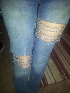how to make jeans bigger in the leg