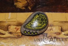 mini painted stone by Unicatella Pebble Painting, Painting Tools, Pebble Art, Stone Painting, Diy Painting, Rock Painting, Painted Rocks, Hand Painted, Mandala Rocks