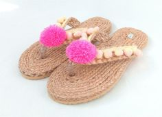 These pair have a unique little peachy colour pompoms around woven foot strap and one big pink one above the plastic toe gap holder at the front. Very durable plastic rubber soles and hard wearing footwear too. Uk 5, Brown Sandals, Baby Shoes, Peach, Bohemian, Footwear, Amp, Medium, Pink