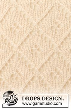 """French garden - Knitted DROPS shawl with lace pattern in """"BabyAlpaca"""" and """"Kid-Silk"""". - Free pattern by DROPS Design Baby Knitting Patterns, Knitting Stiches, Knitting Charts, Knitting For Kids, Lace Knitting, Knitting Tutorials, Knit Stitches, Drops Patterns, Lace Patterns"""
